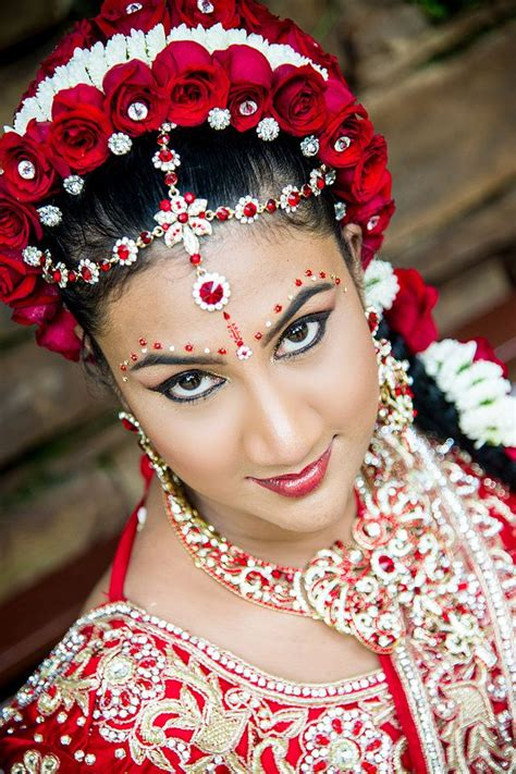 Tamil Wedding Hairstyles For Hair by 31 Best Hindu Wedding Hair Makeup And Saree Ideas
