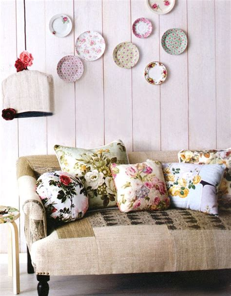 Home Accessories From Vintage Linens by Use Vintage Fabric Antique Linens Retro And Toile For