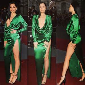 Sexy green low cut neckline long sleeves prom dress the gq men