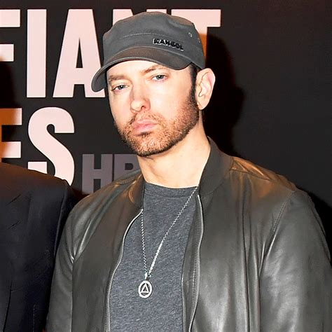 eminem now eminem has a beard now looks totally different