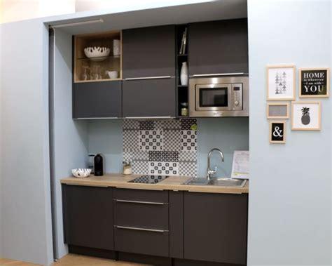 cuisine 駲uip馥 pour petit espace les 25 meilleures id 233 es concernant cuisine compacte sur