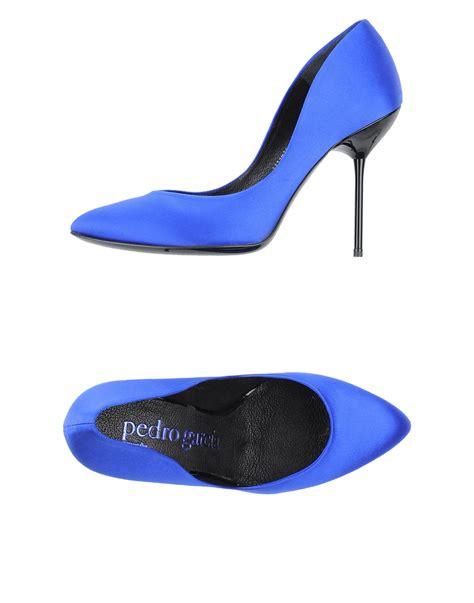 Sale Pedro Pointy Heels Ori pedro garcia court in blue bright blue lyst