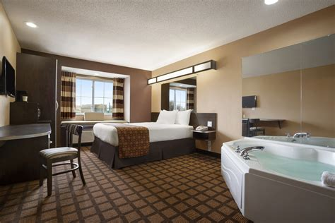 themed hotel rooms iowa microtel inn suites by wyndham marion