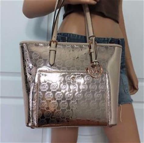 Tas Michael Kors Original Mk Medium Backpack Sign Brown nwt michael kors medium mk monogram signature metallic tote bag purse gold ebay