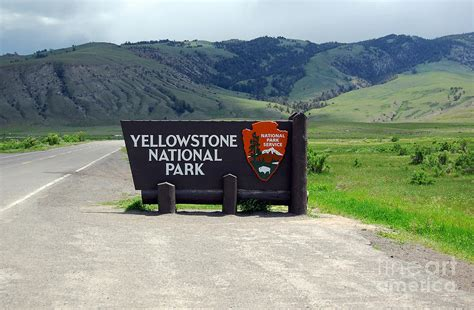 Home Decor Blogs Usa by North Gate Entrance Sign Yellowstone National Park