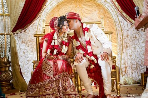 temple indian wedding by humza yasin photography maharani weddings