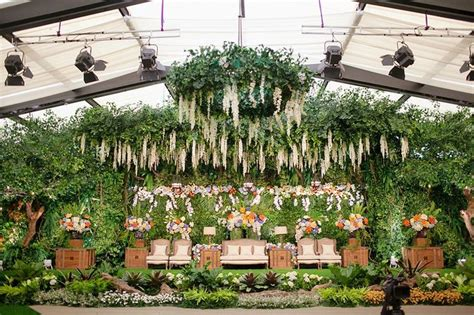 Wedding Garden Di Jakarta pernikahan dengan tema indoor garden di hotel dharmawangsa