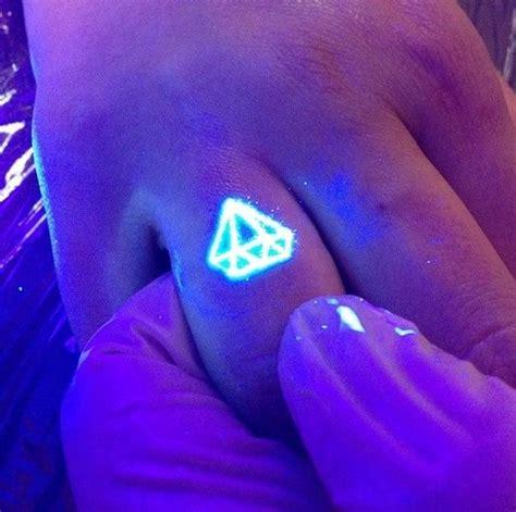 uv tattoo pinterest best 25 uv tattoo ideas on pinterest black light tattoo