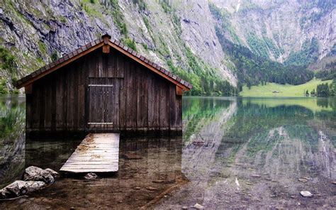 cabin on the lake wallpaper 8977