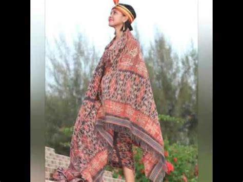 Supplier Baju Etnik Skirt Hq supplier kain adat sumba modern dipopuler oleh salah satu model busana ntt di sumba barat daya