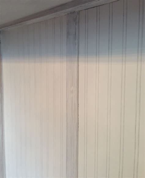 Wallpaper That Looks Like Wainscoting by Wow Wainscoting Wallpaper Country Design Homecountry