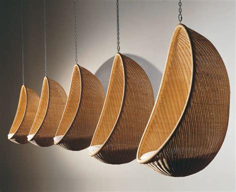 poltrona appesa sedie appese al soffitto idee per la casa