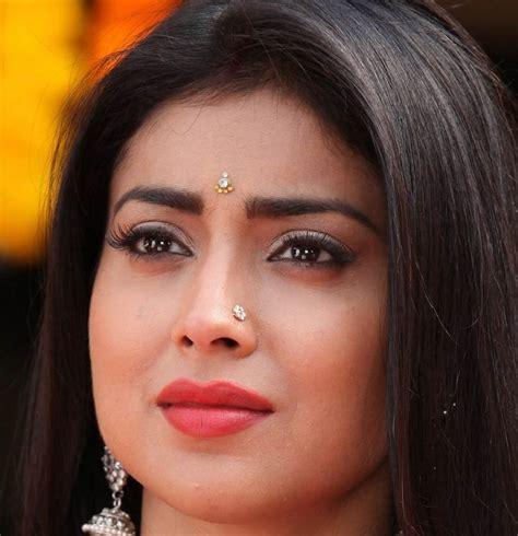 telugu actress face closeup tollywood actress shriya saran nose pin face close up
