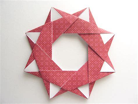 Origami Wreath - origami origami modular wreath