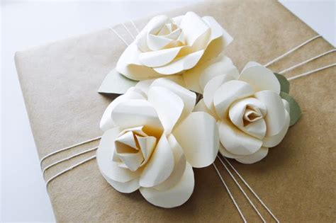 How To Make Wrapping Paper Flowers - wrapping paper decorations flower