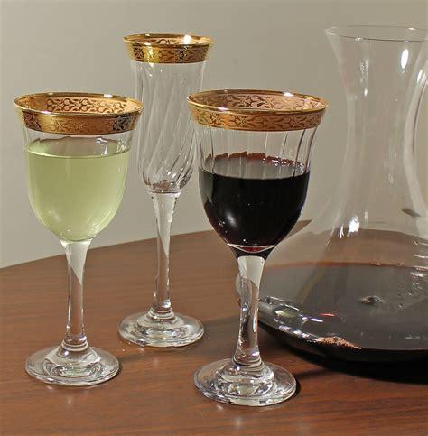 set   red wine goblets gold band venetian design
