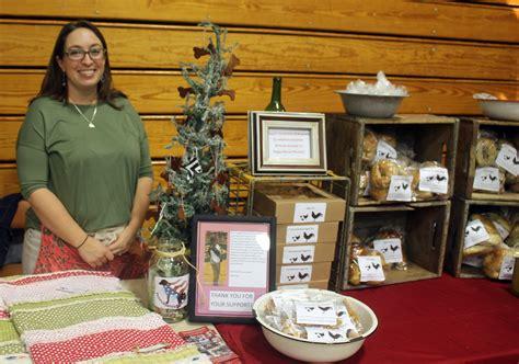 craft fairs kent shoppers flock to the fort kent craft fair