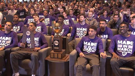 bubble watch shows cbs for 2016 2017 ncaa tournament watch live cbs the best watch 2017