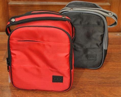 Earphone Storage Bag Hitam Merah hdy llb tas pendingin asi coolerbag asi