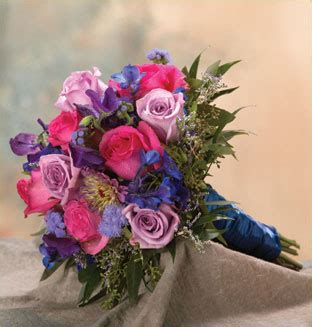 Flowers To Go by Brides Helping Brides Flower Color To Go With Royal
