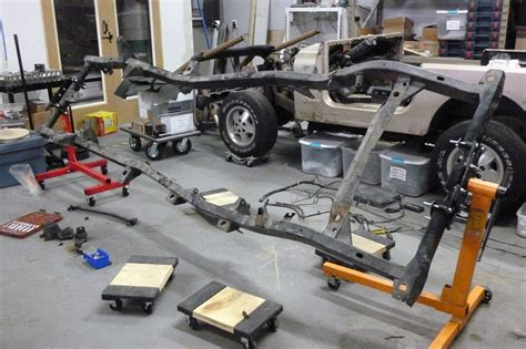 Jeep On Frame Frame Rotisserie Jurassic Jeep 65 Million Years In The