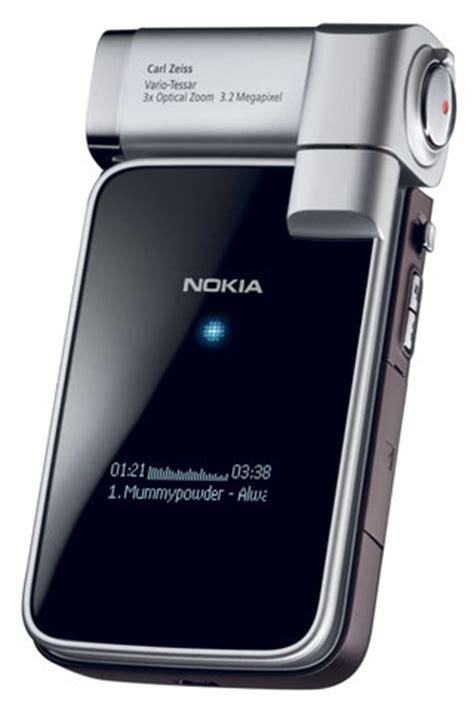 dwa nowe telefony nokii n76 i n93i purepc pl