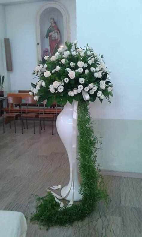 addobbi di fiori per matrimoni addobbo matrimonio chiesa con calle e con orchidee di
