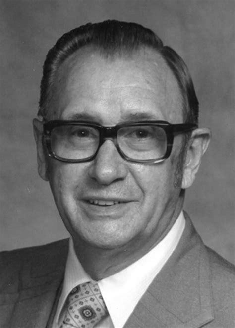 Hubert Dale Custer | News, Sports, Jobs - News and Sentinel