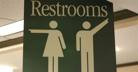bathroom laws ok 10 other states suing obama administration kix 102 5