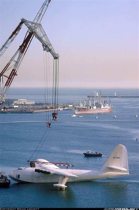 flying boat long beach spruce goose going to its current home in the long beach