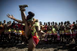 South African Maidens Perform Annual Reed Dance In Pictures