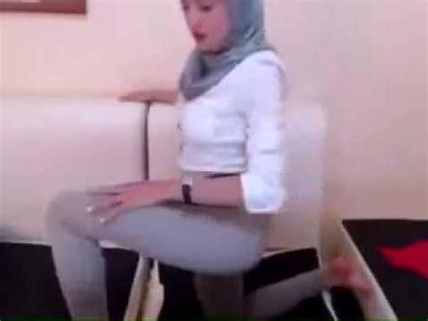 jilbab buka baju download video goyang tante igo mp3 3gp mp4 hdwonn co