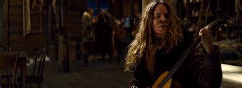jennifer jason leigh hateful 8 guitar hateful eight scene really busts up a vintage martin