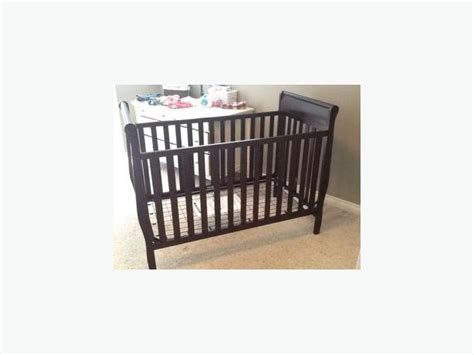 graco sleigh style crib west shore langford colwood