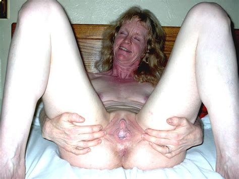 Bcw In Gallery Ugly Skinny Granny Pissing