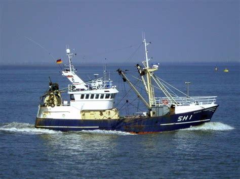Fishing Vessel - Bing images