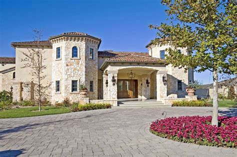 mansions for sale britney spears former leased mansion in calabasas up for