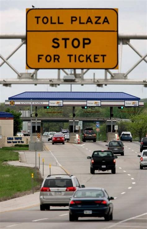 gasoline taxes and tolls pay for only a third of state raise the federal gas tax consider toll roads in missouri