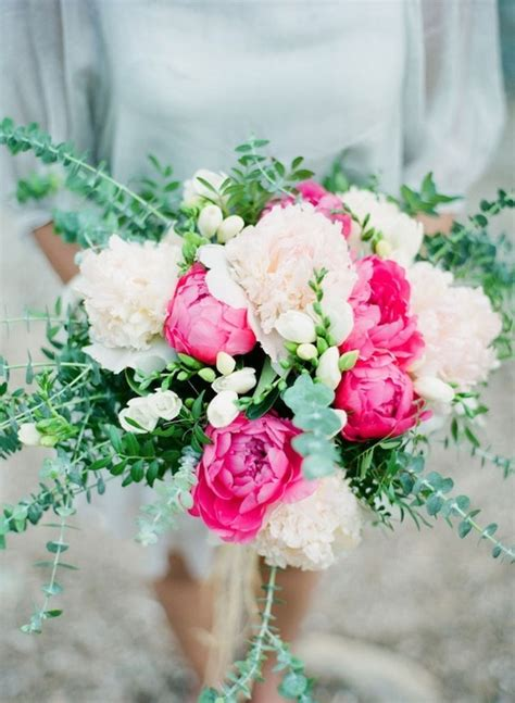 5 of the prettiest spring wedding bouquets ever spring bouquet inspiration