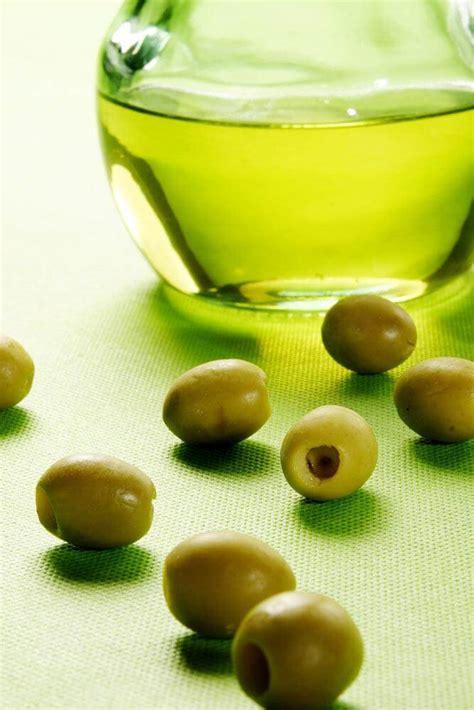 Wajah Warda minyak zaitun menutrisi dan menjaga kesehatan kulit