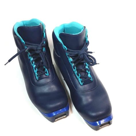 comfortable ski boots for wide feet best 25 ski boots ideas on pinterest snow boots outfit