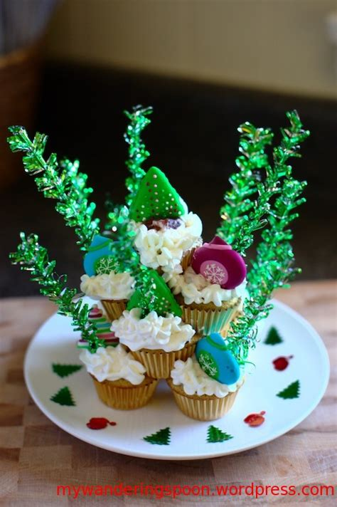 christmas cupcakes my wandering spoon