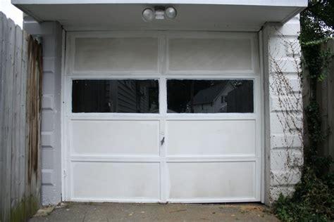 Garage Door Paint Painting A Garage Doors And Trim Merrypad