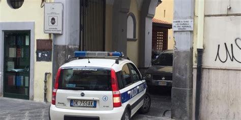 ufficio postale marano di napoli da napoli a giugliano per sversare rifiuti denunciato