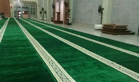 Karpet Masjid Di Batam karpet berkah sudah terbentang di masjid raya batos co id