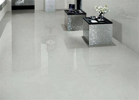 pavimento stato sunnda di lusso allo stato puro grigio chiaro lucido
