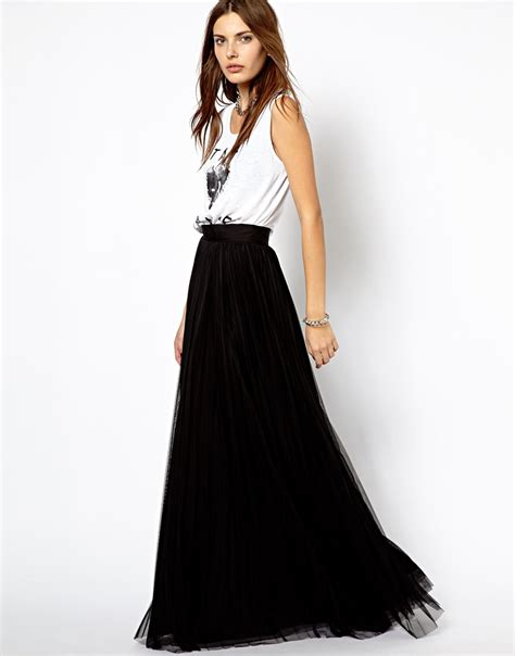 black pleated maxi skirt dress