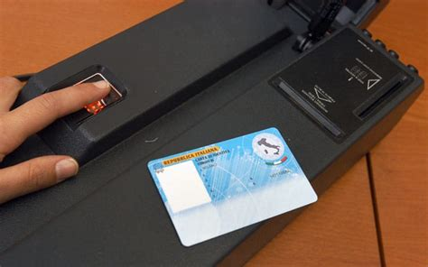 ufficio anagrafe parma langhirano arriva la carta d identit 224 elettronica si pu 242