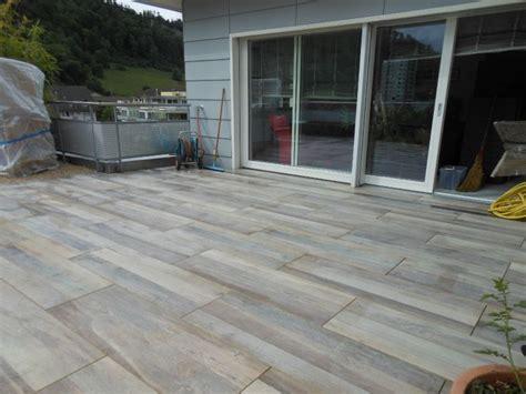 Terrasse Stein Holzoptik by Terrassengestaltung Alles Aus Einer Bacher Garten