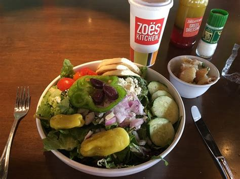 Zoes Kitchen Ga by Zoes Kitchen Atlanta 1165 Perimeter Ctr Restaurant